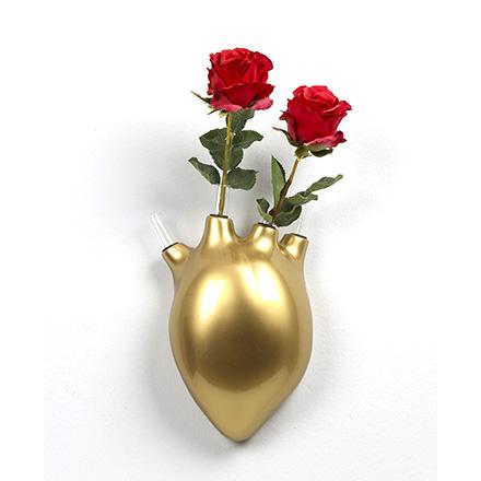 Vaso da parete Battiti con 4 vasetti monofiore in resina oro lucida Made in Italy