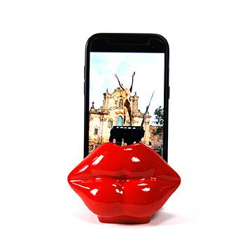 Porta telefono cellulare Mae-West resina rosso lucida fatto a mano in Italia