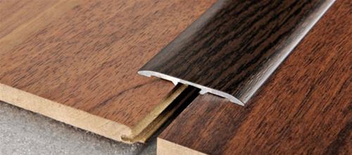 Profilo Adesivo in Alluminio rivestito con pellicola in Teak Indonesiano - LARGHEZZA: 4,0cm - ALTEZZA: 90cm - Scegli tu le misure!