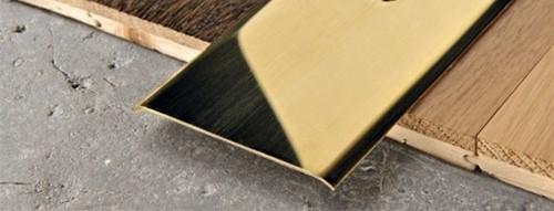 Profilo Adesivo piatto in Ottone Lucido - LARGHEZZA: 8,0cm - ALTEZZA: 93cm