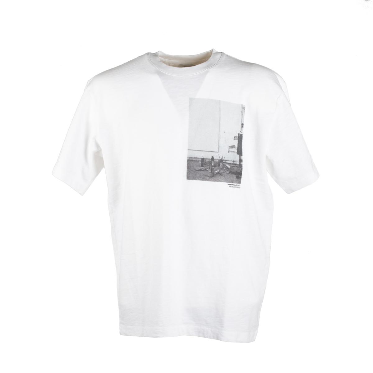 T-Shirt Closed