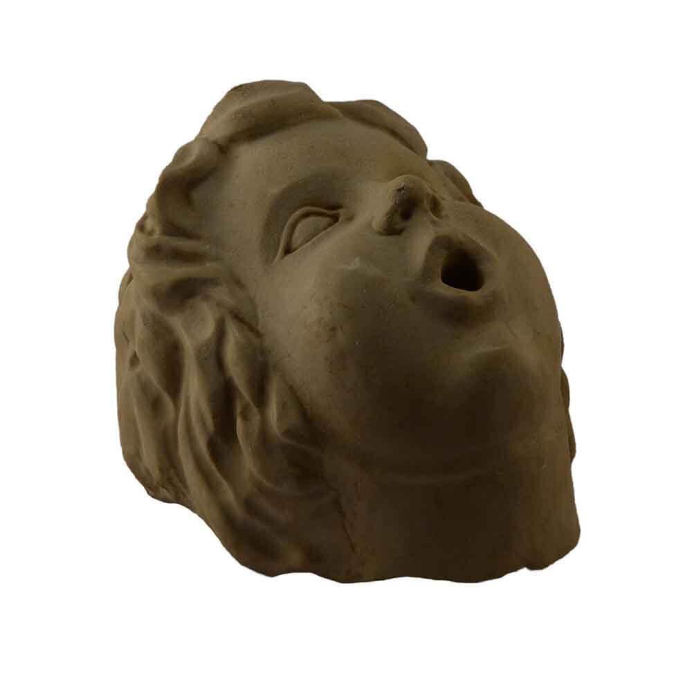 Testa di putto in marmo di Trani scolpito a mano per fontana