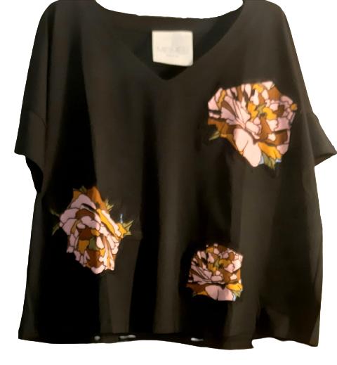 Maglia nera donna| cotone| applicazioni fantasia|Made in Italy