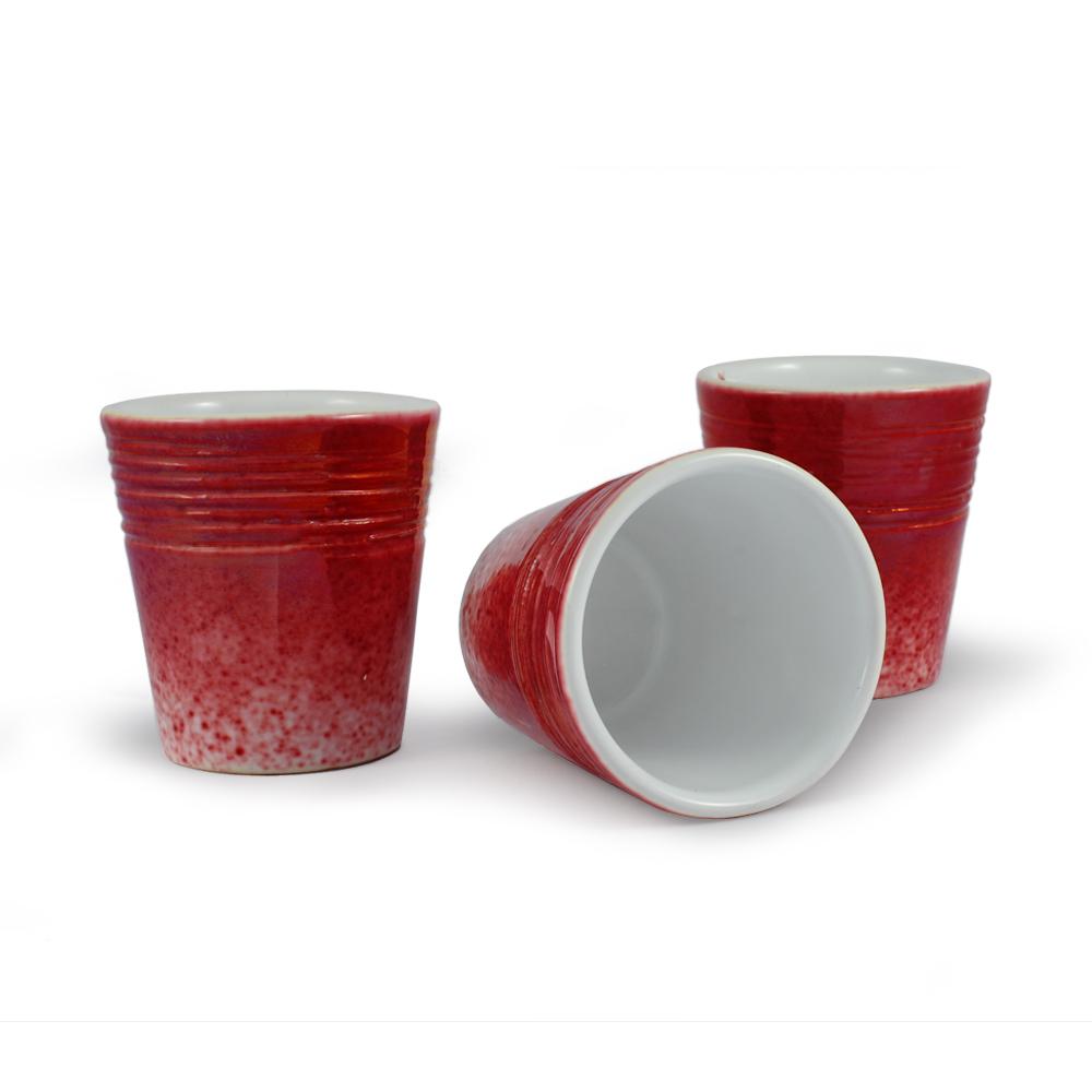 Bicchiere in ceramica di Faenza