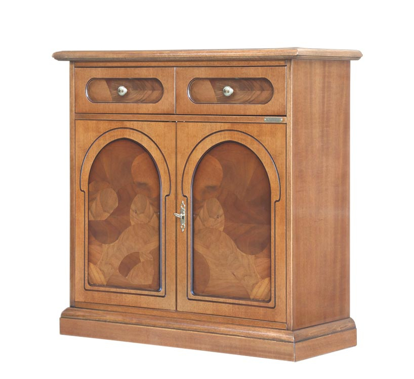 Sideboard with briar root
