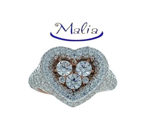 Anello in argento 925 rosè a forma di cuore con pavè di zirconi incassati.
