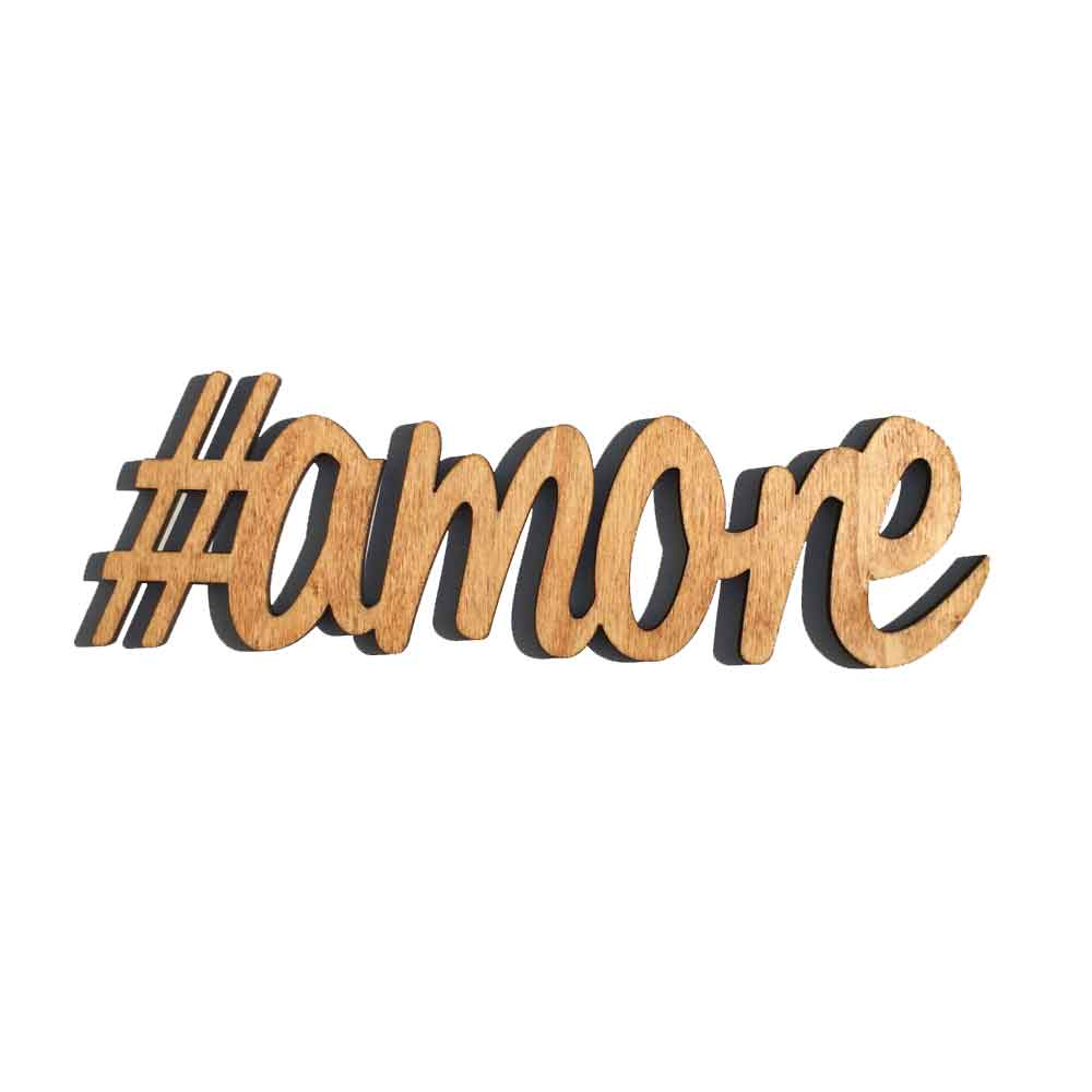 Scritta #AMORE da parete in legno di castagno fatta a mano 100% Made in Italy