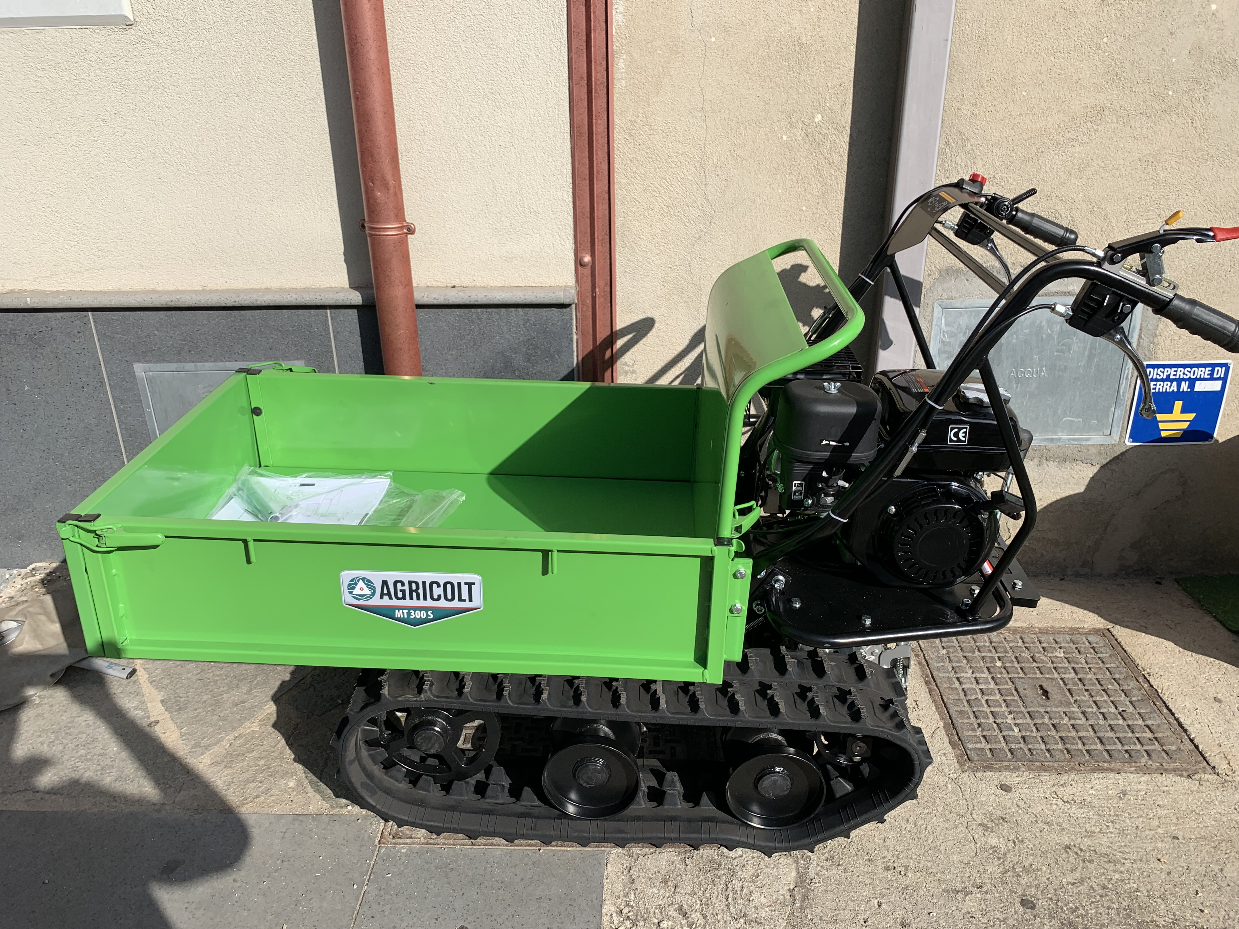 Motocarriola Minitransporter Cingolata GIEMME MT 300 S