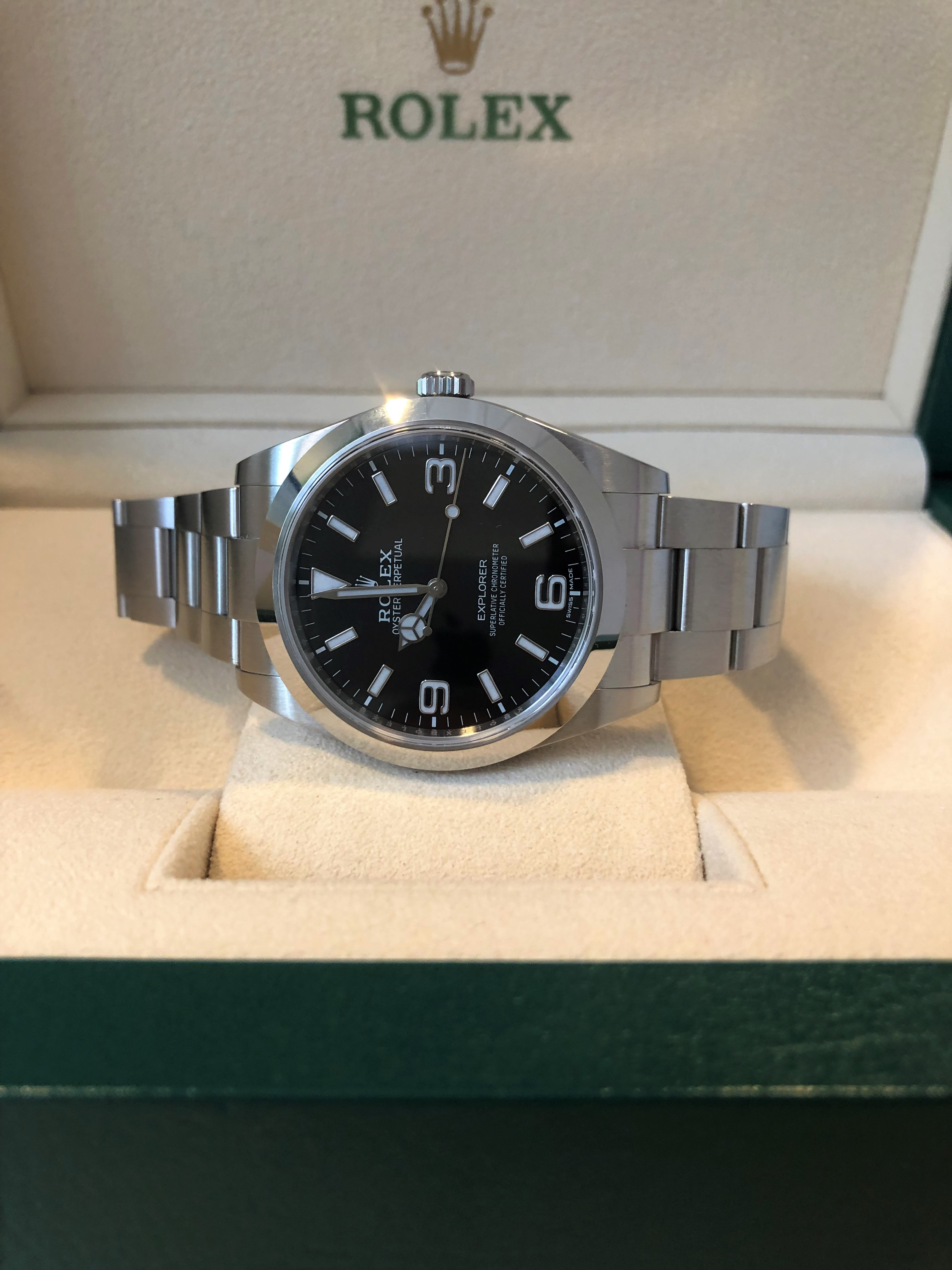 Orologio primo polso Rolex Explorer 214270