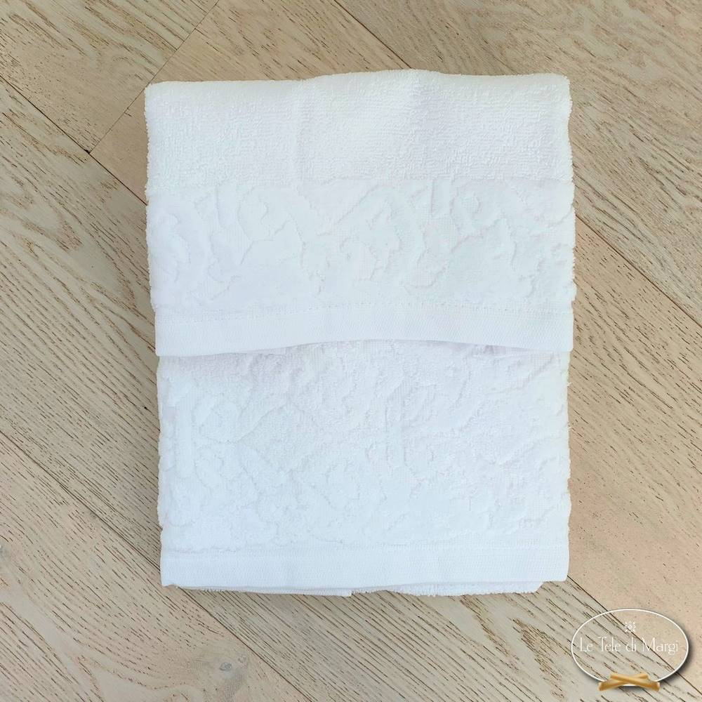 Coppia asciugamani balza in ciniglia bianchi