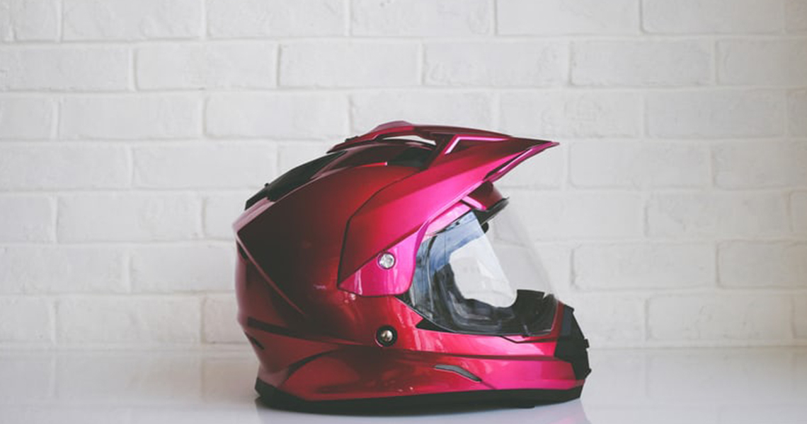 When to replace the motorcycle helmet