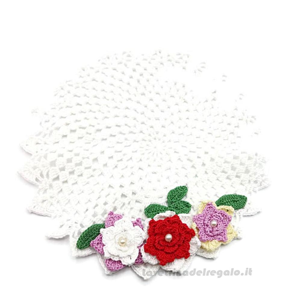 Centrino Bianco rotondo con Fiori ad uncinetto 23 cm - Handmade in Italy
