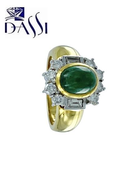 Anello in oro bicolore 18kt con diamanti e smeraldo