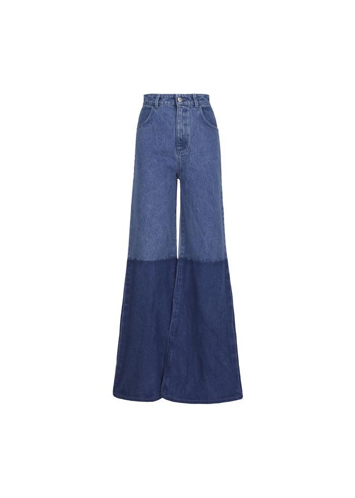 Jeans bicolor a palazzo di Maria Vittoria Paolillo