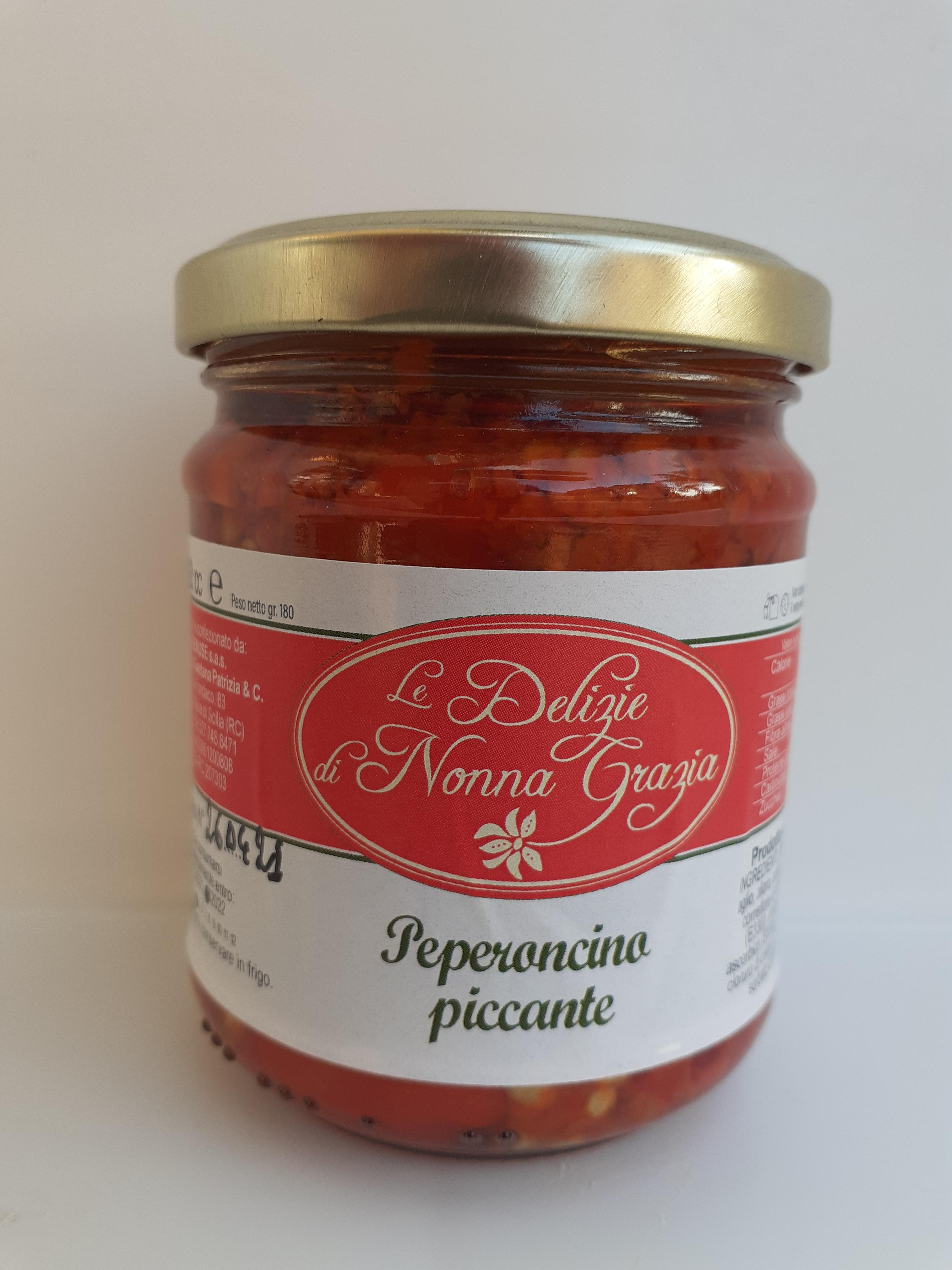 Peperoncino Piccante  in olio Evo Peso netto  gr 180 Azienda Tremuse di Meli di Scilla