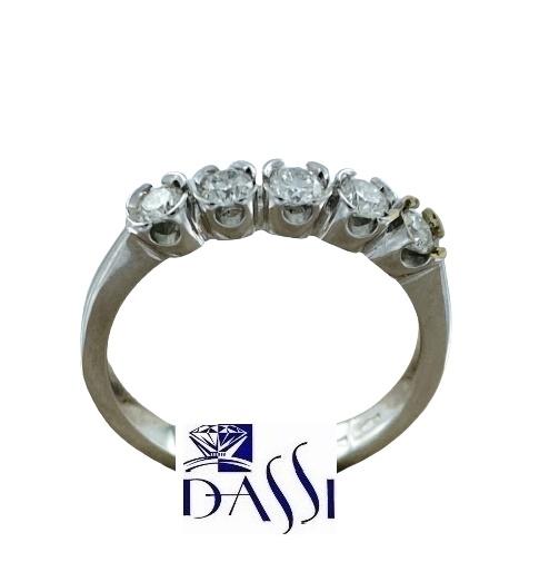 Anello in oro bianco 18kt con diamanti