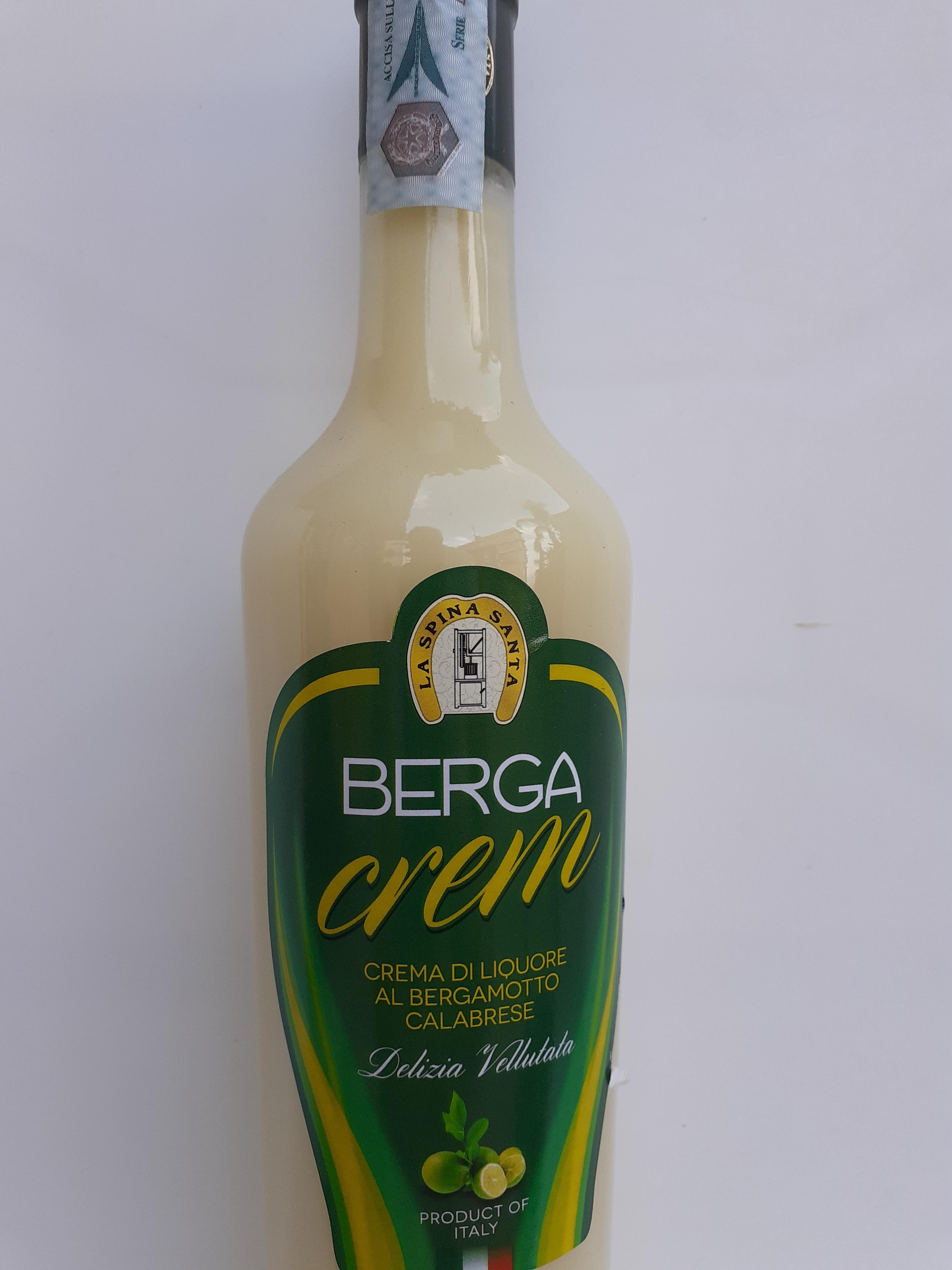 BERGA CREM 50cl Crema di liquore al Bergamotto Calabrese fatta con infuso di Bergamotti, latte, zucchero, alcool puro, panna e acqua. Ditta La Spina Santa Bova Marina (RC)