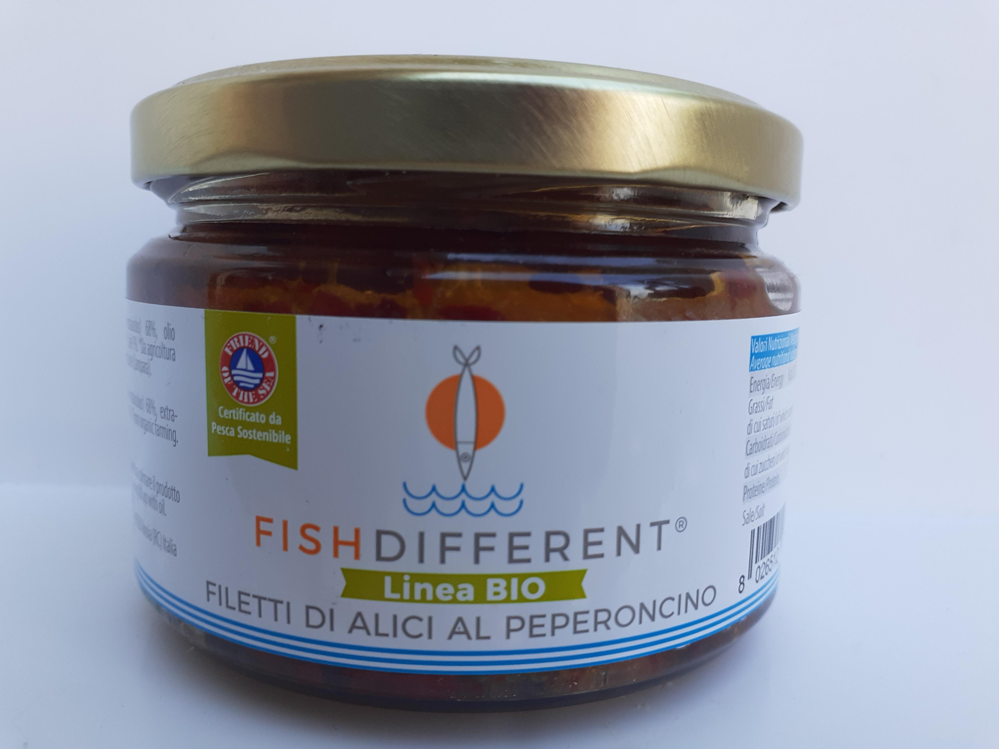 Filetti di Alici al peperoncino linea BIO. fatto con alici, olio extravergine di oliva, peperoncino e sale. Ditta CALABRIAITTICA Anoia (RC)