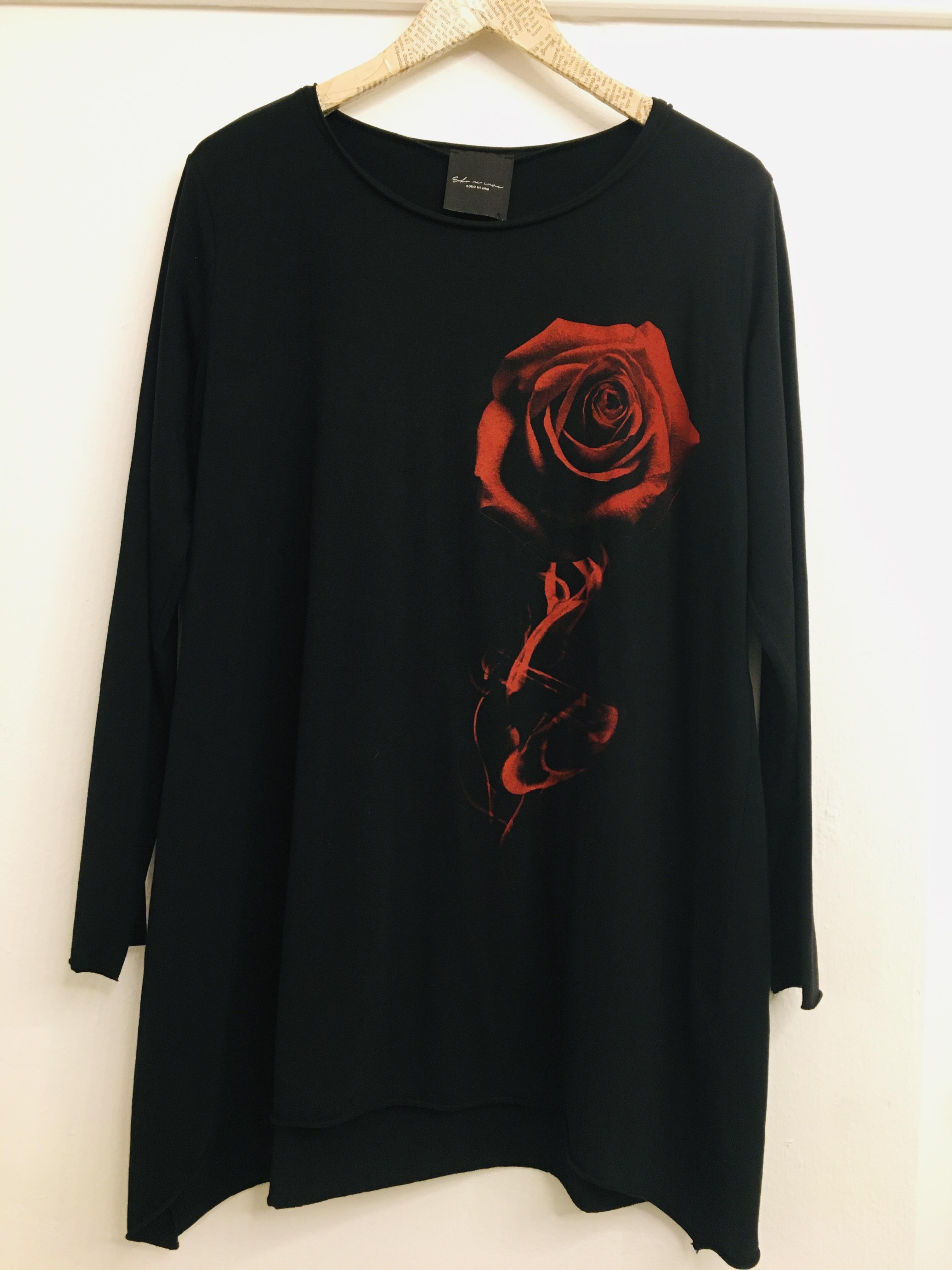 Maglia donna |nera con motivo fiore| in cotone| manica lunga| scollo tondo| made in italy