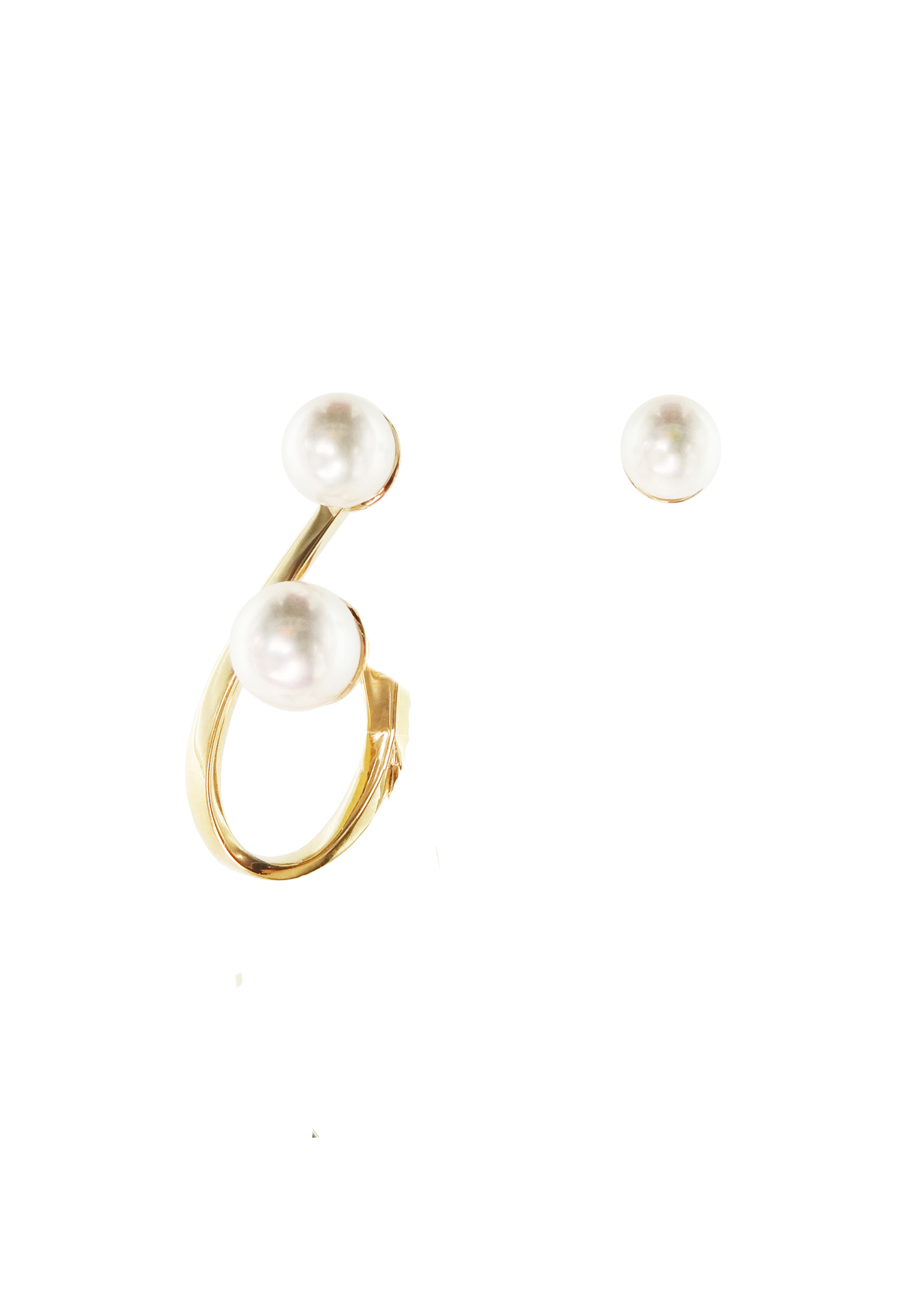 Monorecchino in oro giallo 18k con perle Akoya