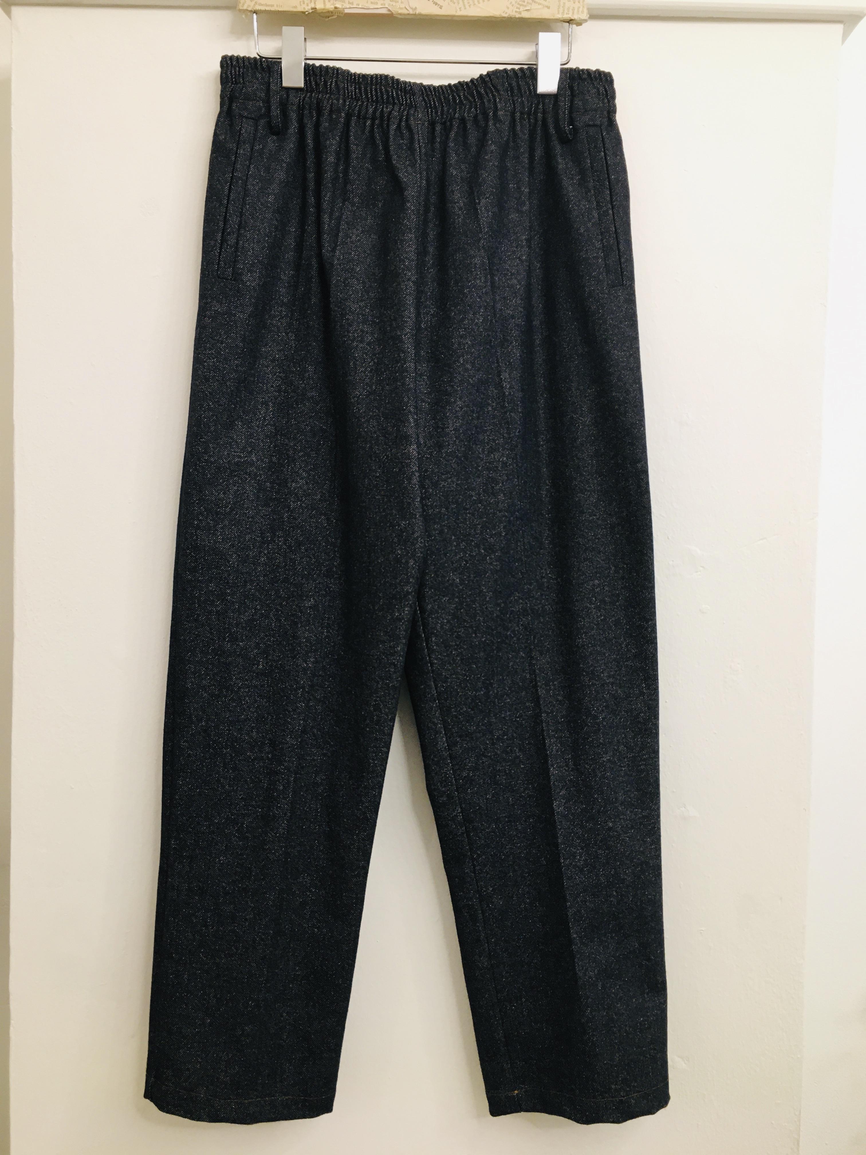 Pantalone donna  in lana e cashmere  taglio dritto  con tasche  made in Italy