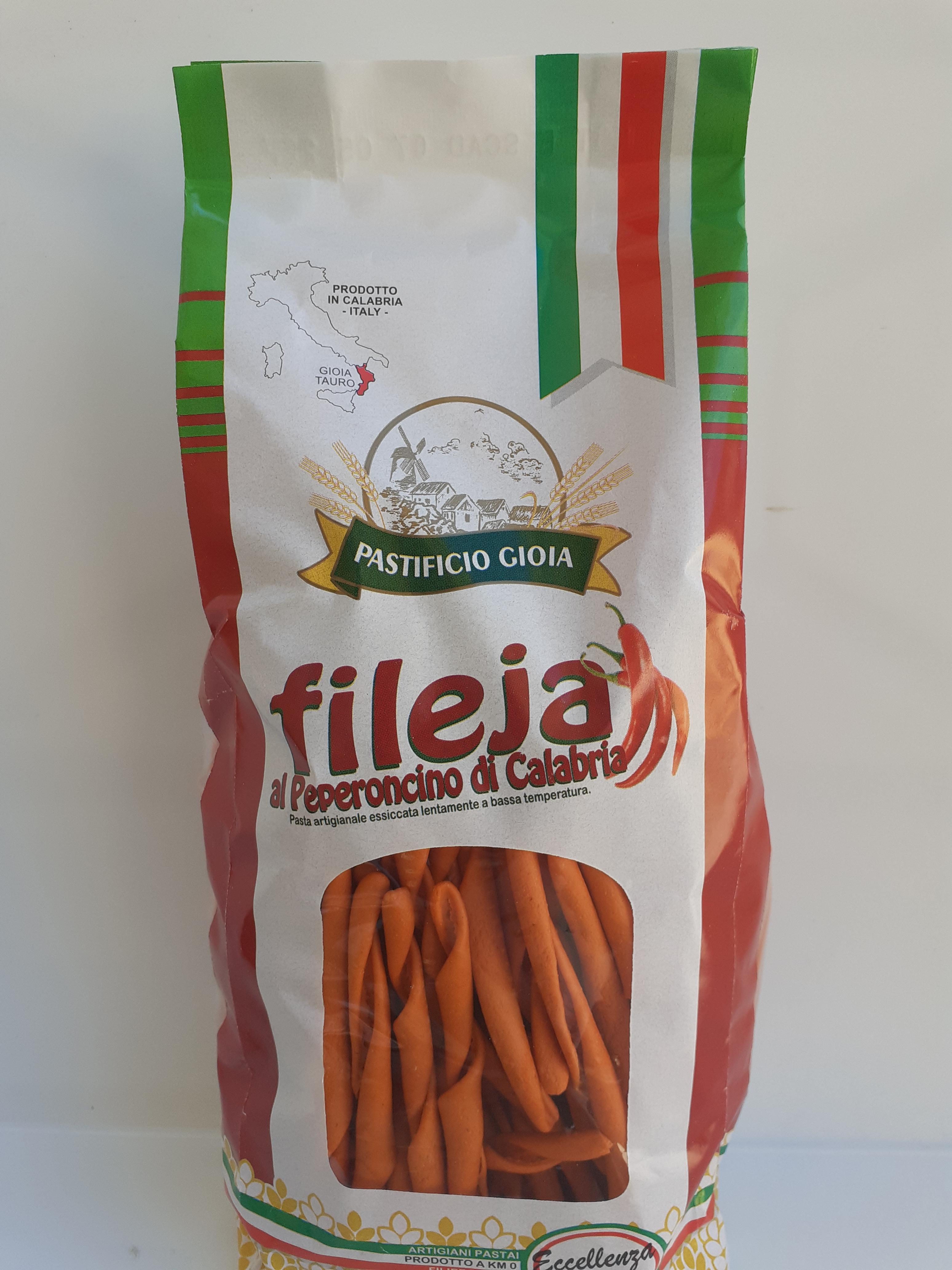 I Fileja al Peperoncino di Calabria 500g. Pasta Artigianale essiccata lentamente a bassa temperatura del Pastificio Gioia Gioia Tauro (RC)