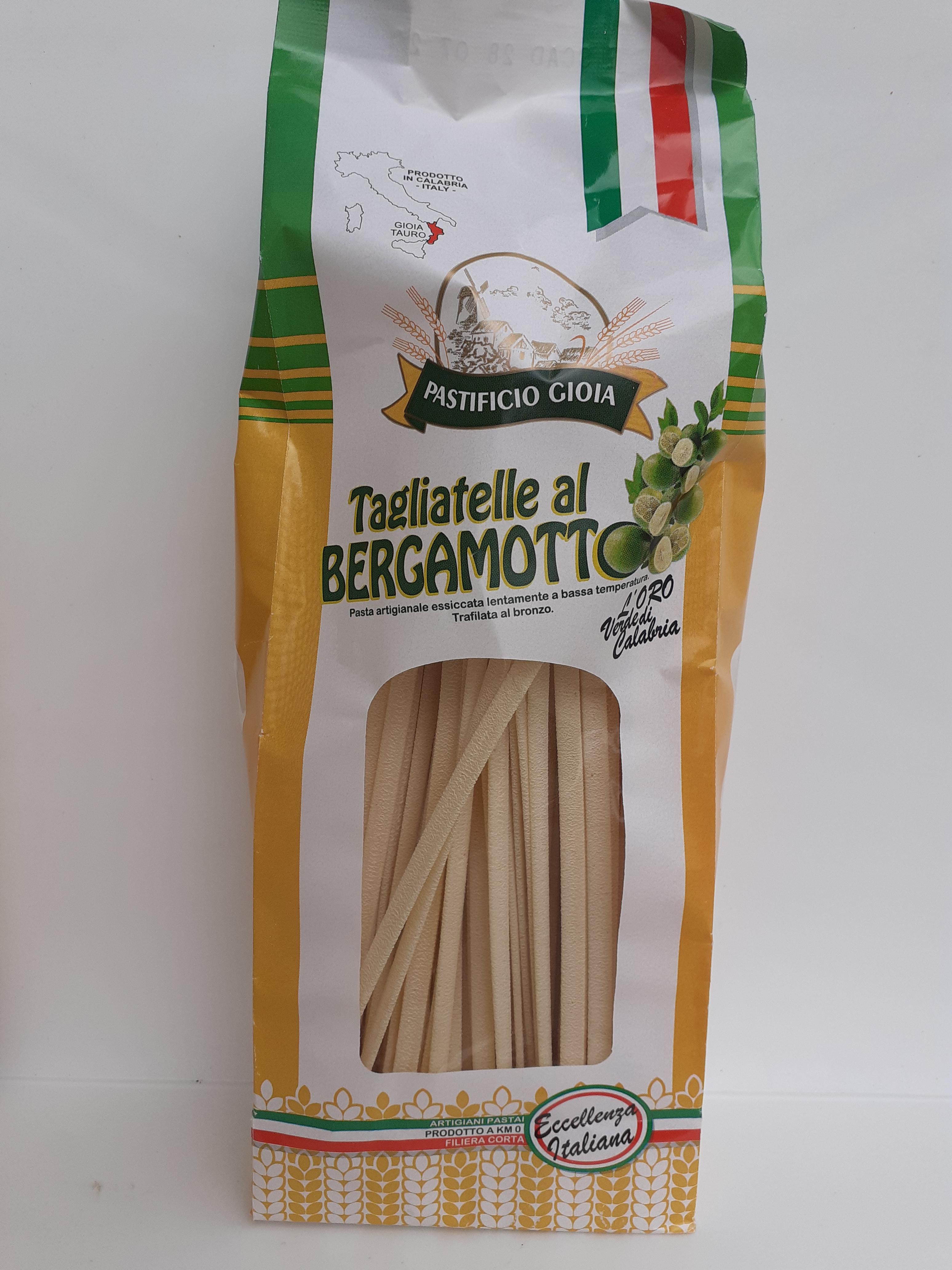 Tagliatelle al Bergamotto 500g. Pasta Artigianale essiccata lentamente a bassa temperatura trafilata nel Bronzo del Pastificio Gioia Gioia Tauro (RC)