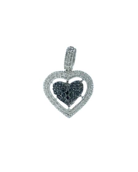 Ciondolo in oro bianco 18kt con diamanti bianchi e neri a forma di cuore
